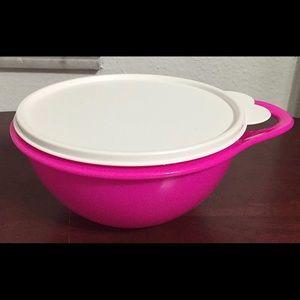 New! Tupperware set of 2 Thatsa mini bowls